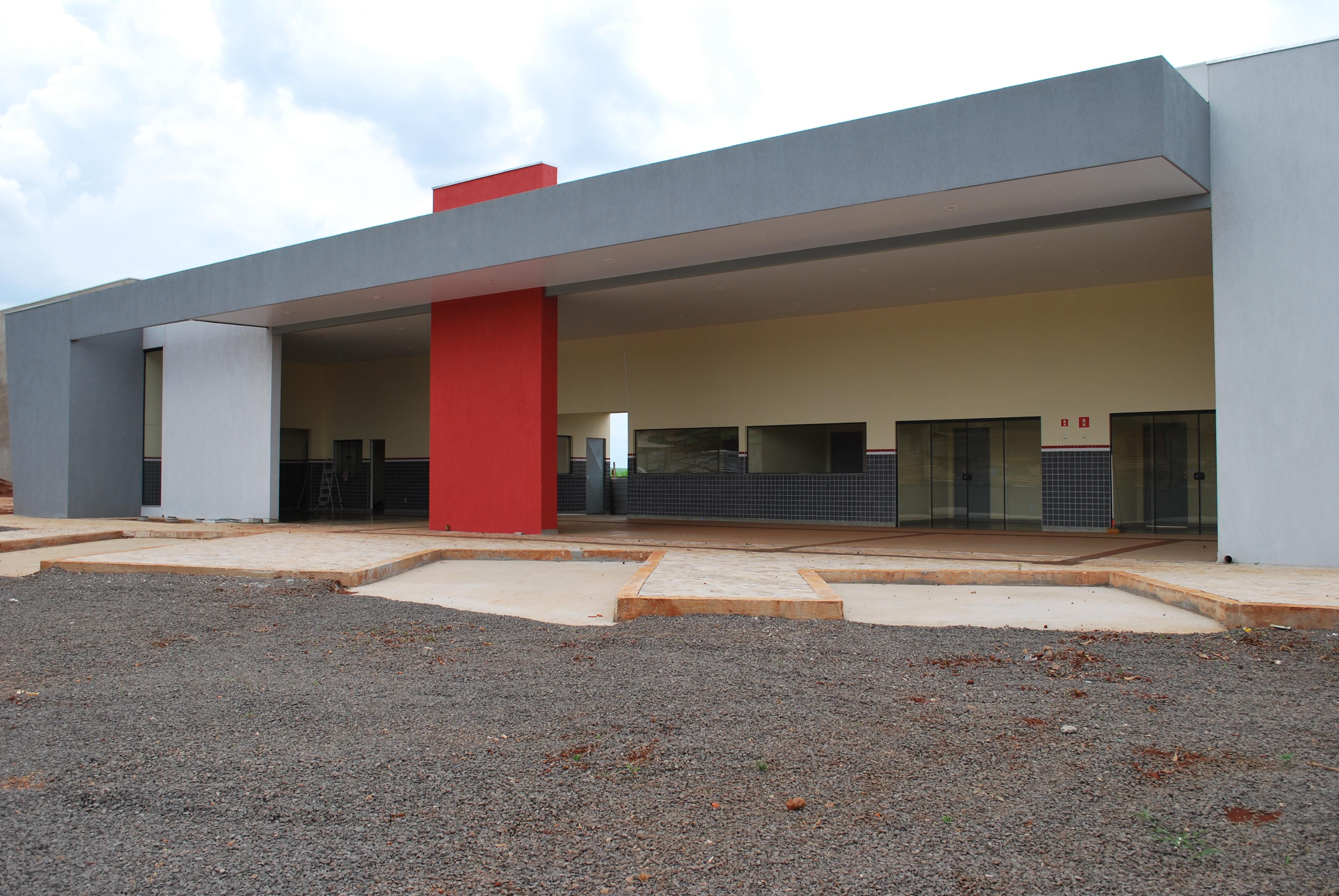 Novo Terminal Rodoviário de Aral Moreira. (Foto: Joelso Gonçalves  #9D2E30 3872 2592