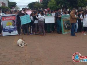 Cidade paraguaia que faz divisa com o Brasil viveu momentos de tensão nessa quinta-feira com o sequestro de filho de comerciante.