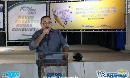 Prefeito Edinaldo anuncia 13% de aumento no piso salarial de professores para 2020