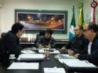 Secretário municipal de Governo, Afrânio Marques, durante reunião com Emanuel Schimitz, gerente da unidade local da C.Vale.