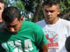 Isac (de camiseta verde) e Luciano foram presos em flagrante.