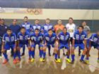 A equipe do CAA Futsal Amambai. Time comandado pelo experiente técnico Júnior Peroli estreou com vitória de virada na Copa Morena 2019 em Eldorado.