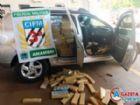 A mais de 1,6 tonelada de maconha apreendida pela Polícia Militar na manhã dessa terça-feira, em Amambai. Droga era transportada no interior de um carro sem restrição, segundo a polícia.