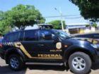 Carro da Polícia Federal em rua da Capital.