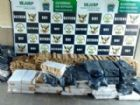 Droga encontrada em duas caminhonetes pesou quase duas toneladas.
